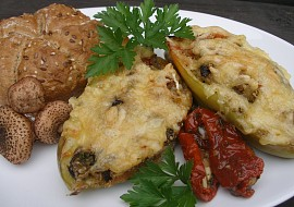 Quinoa s houbami ( václavkami) zapečená v paprice recept ...