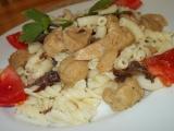 Těstoviny se sójovými kostkami, slaninou a houbami recept ...