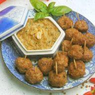Masové kuličky s arašídovou omáčkou recept
