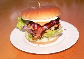 Hamburger JUICY LUCY recept