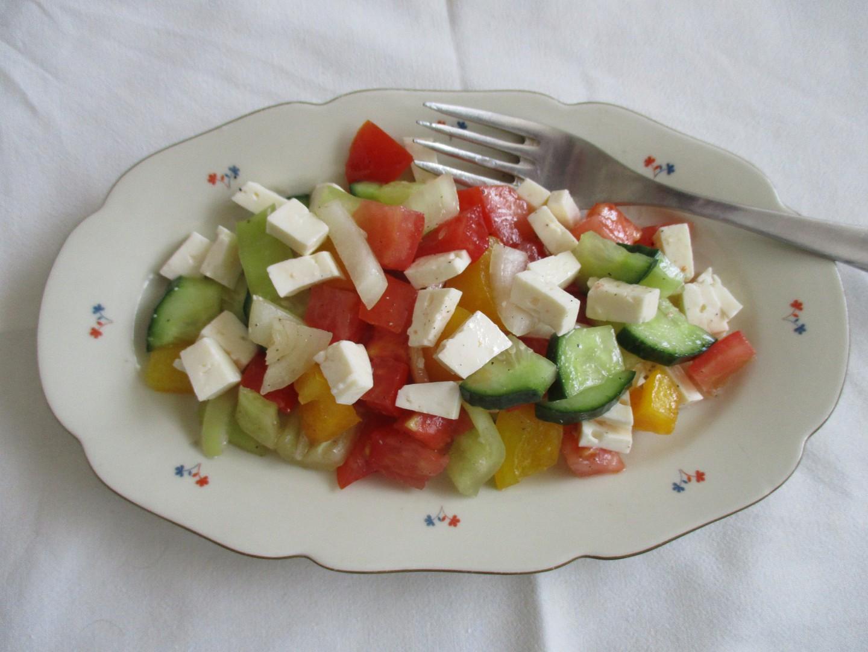 Šopský salát jednoduše recept