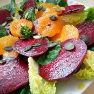 Barevný salát z marinované červené řepy recept