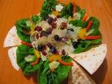 Salátek se sušeným ovocem a balsamicem recept