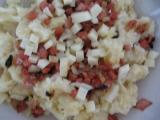 Halušky s cibulkou a salámem recept