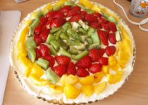 Sváteční pudinkový koláč z croissantů recept