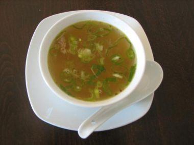 Slepičí polévka se skleněnými nudlemi