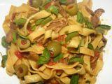 Tagliatelle s olivami a houbami recept