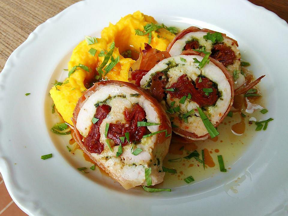 Kuřecí rolky se sušenými rajčaty a bramborovo-dýňovou kaší recept ...