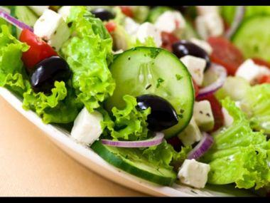 Hlávkový salát plněný