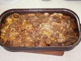 Zapečené brambory s hovězím ve vlastní šťávě recept