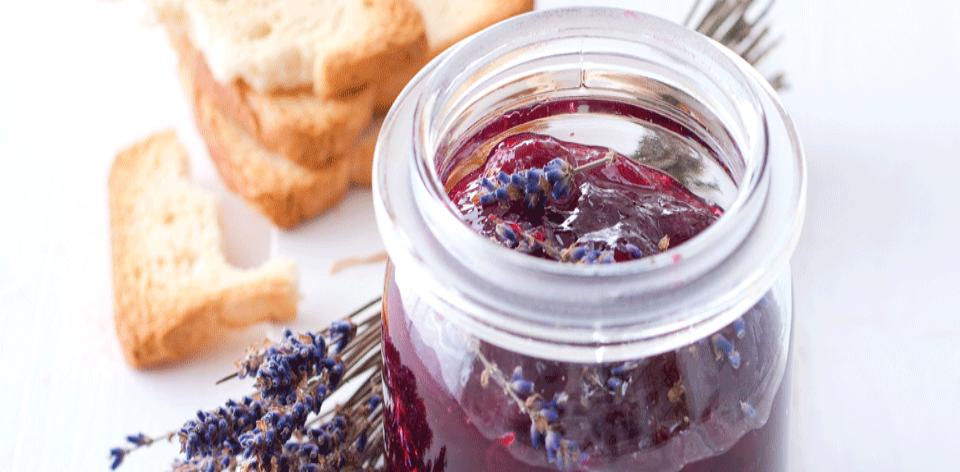 Třešňová marmeláda s levandulí