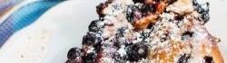 Borůvkový koláč s podmáslím
