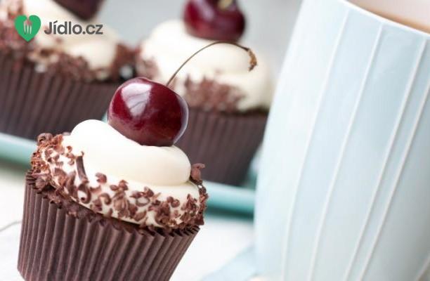 Čokoládové cupcakes s višněmi recept