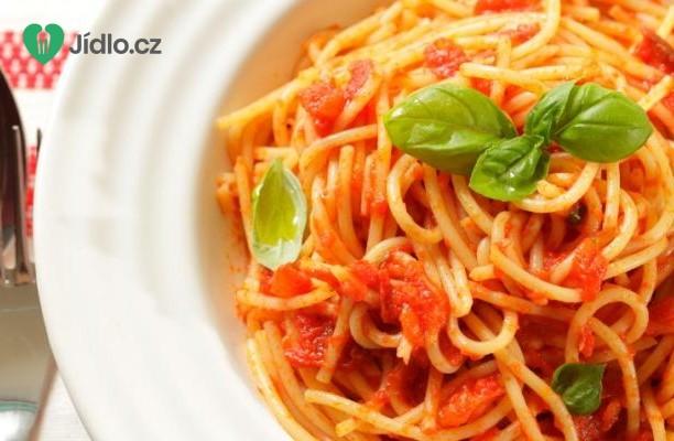 Špagety s omáčkou z čerstvých rajčat recept