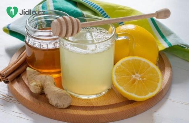 Šumivá zázvorová limonáda recept