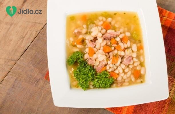 Bílá fazolová polévka s uzeným masem recept