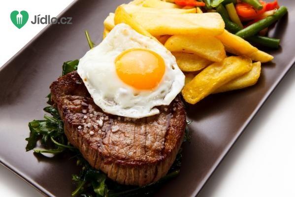 Biftek s vejci recept