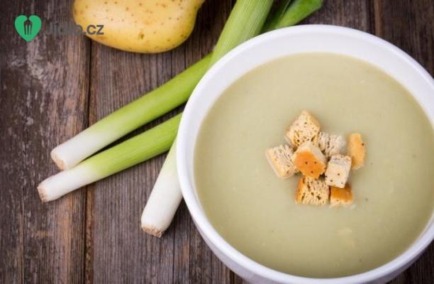Bramborová polévka s pórkem recept