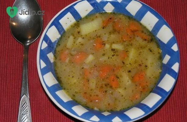 Bramborová polévka jako od babičky recept