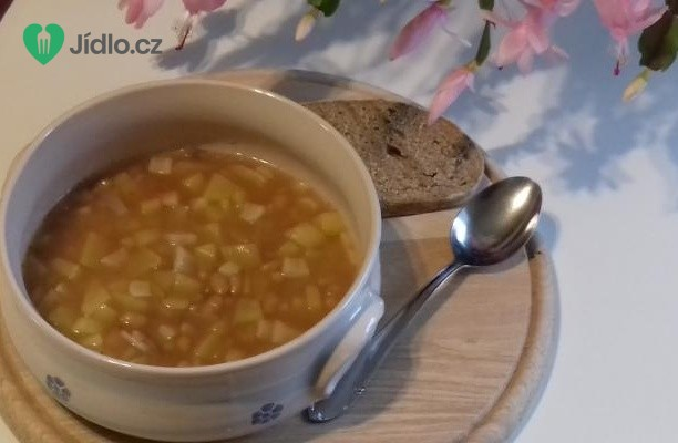 Bramborovo - fazolová polévka recept
