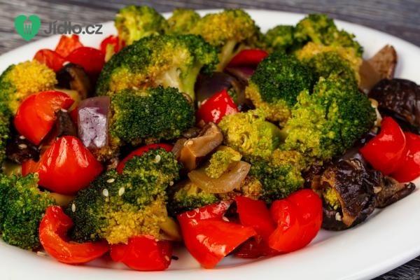Brokolicový salát recept