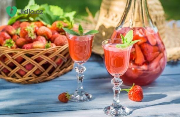Domácí jahodová vodka recept