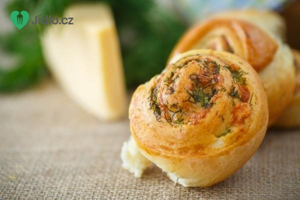 Domácí sýrové žemle recept