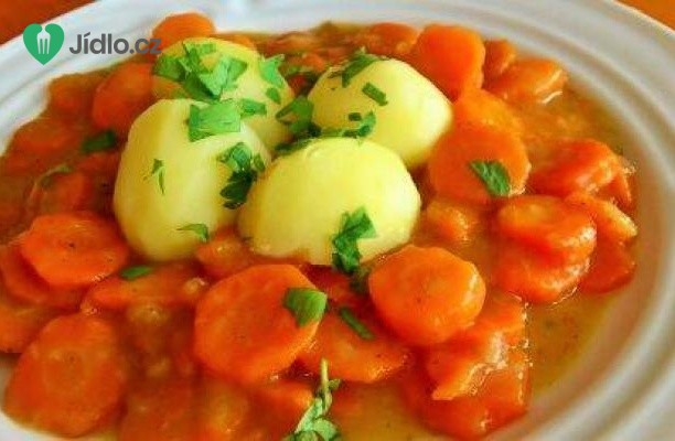 Dušená mrkev s bramborem recept