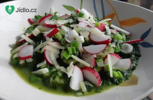Gnocchi s jarní zeleninou a špenátem recept
