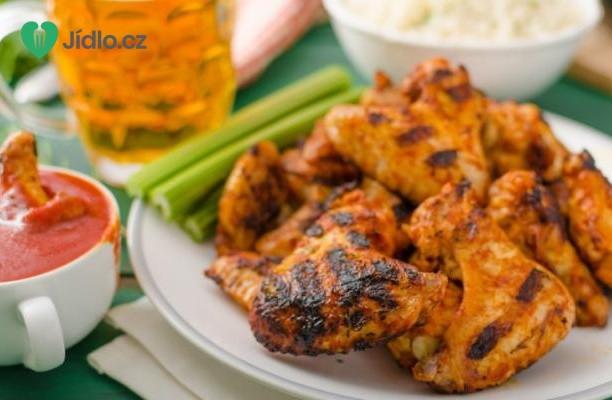 Grilovaná kuřecí křidélka s Tamarind Chipotle barbecue omáčkou recept