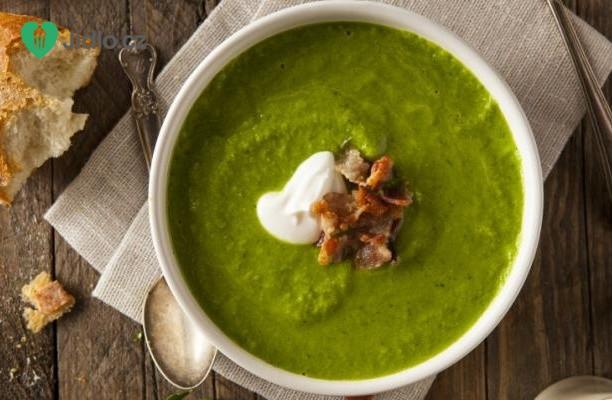 Recept Hrachová polévka s mátou a jarní cibulkou