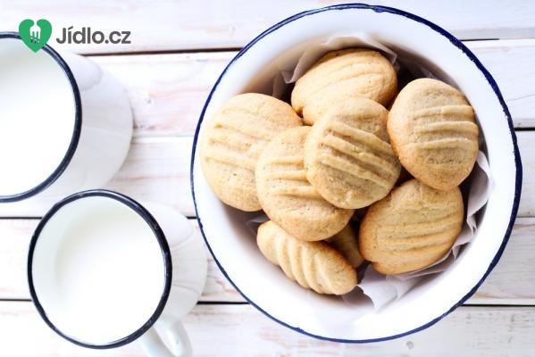 Jednoduché máslové sušenky z lisu na těsto recept