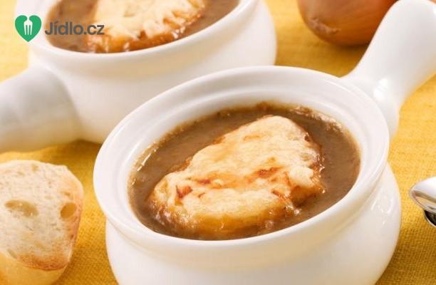 Klasická francouzská cibulová polévka recept