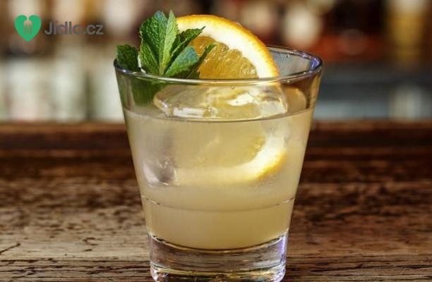 Koktejl s broskvovou vodkou recept