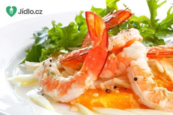 Krevetový salát s fenyklem a červenými pomeranči recept