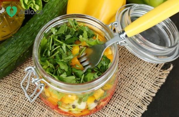 Lehký zeleninový salát recept