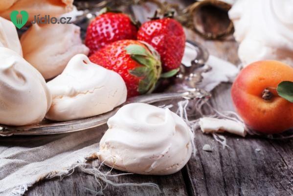 Lehký ovocný dezert recept