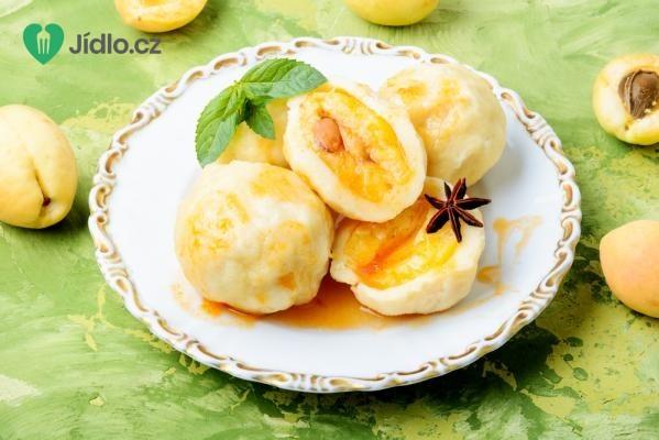 Meruňkové kynuté knedlíky recept