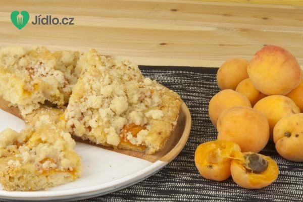 Meruňkový koláč recept
