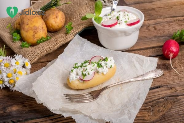 Nové brambory s bylinkovým tvarohem recept