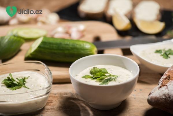 Okurková omáčka recept