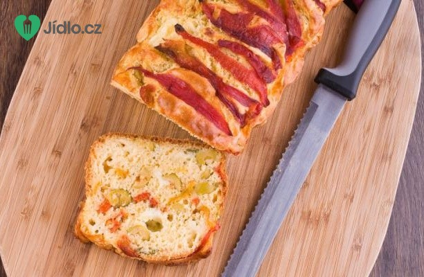 Olivový chléb se sušenými rajčaty a chřestem recept