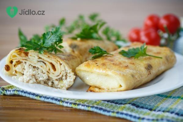 Palačinky plněné vepřovým masem a pikantní zeleninou recept