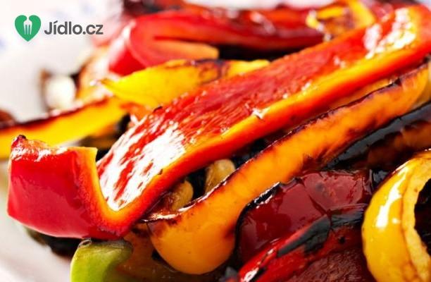 Pečené papriky s kapary a mozzarellou recept