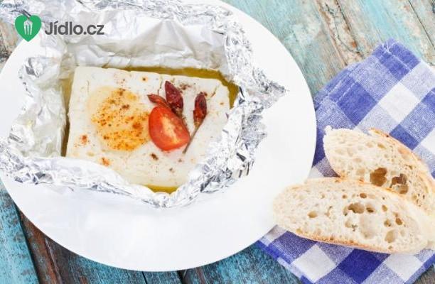 Pečený sýr feta s ostružinovým kompotem recept