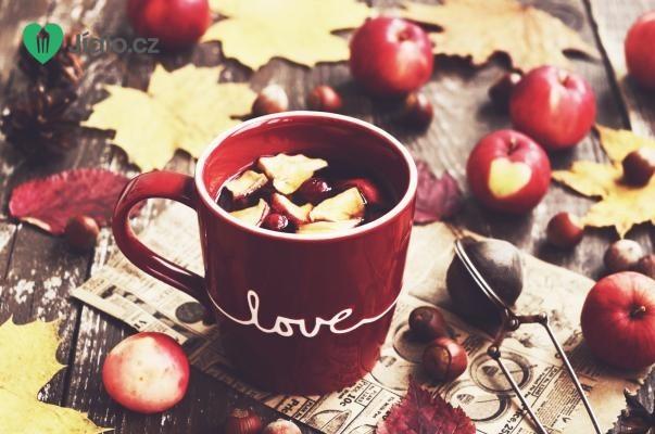 Pečený čaj s jablky a brusinkami recept