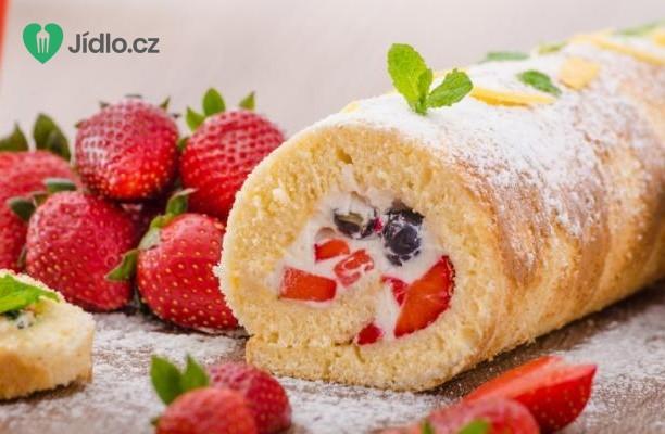 Piškotová ovocná roláda recept