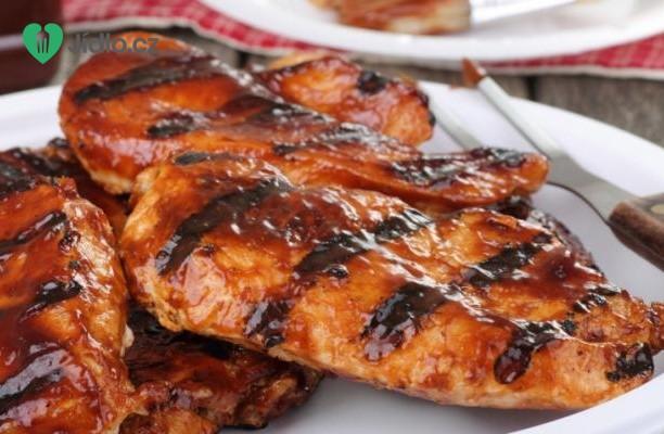 Pikantní grilovaná kuřecí prsa recept