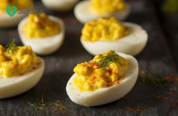 Pikantní plněná vejce recept