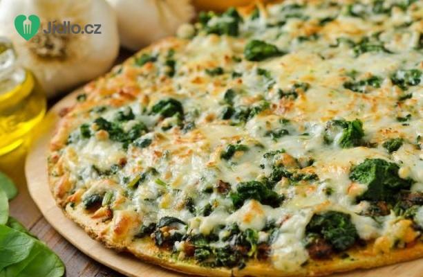 Pizza se špenátem a artyčokem recept